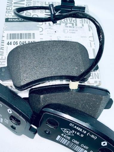 440604591R Klocki hamulcowe tył Opel Movano 2.3 DCI oryginał